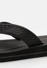 Skechers - TOCKER - T-bar sandals - black/gray - 5