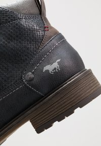 Mustang - Bottines à lacets - navy - 5