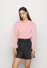 Lost Ink - V NECK - Sweatshirt - pink - 0