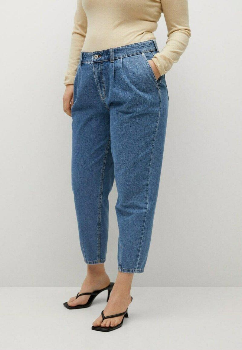 Violeta by Mango - MIT MITTELHOHEM BUND - Relaxed fit jeans - mittelblau