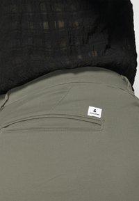 Jack & Jones - JJIROY JJDAVE - Trousers - dusty olive - 4