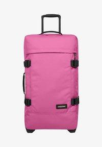 Eastpak - TRANVERZ - Wheeled suitcase - frisky pink - 0