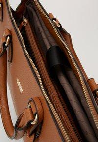 L.CREDI - ELLA - Handbag - cognac - 4