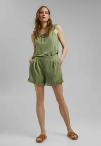 Esprit - Shorts - light khaki - 1