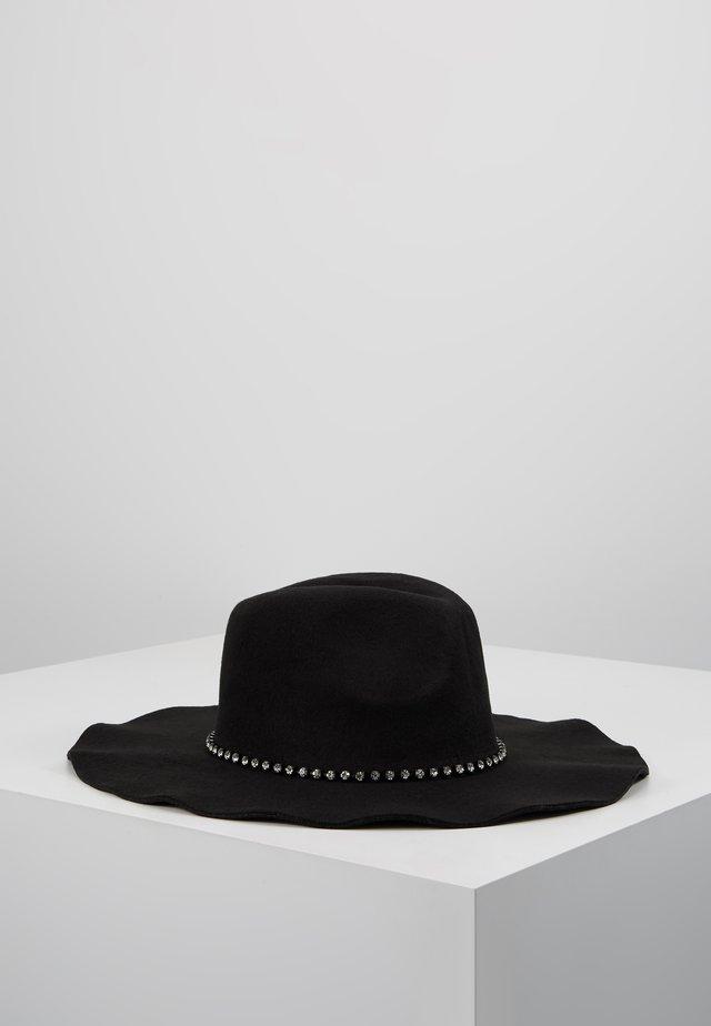 BICOLOR STONES - Hat - nero