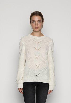 VIENIA O NECK - Svetr - white alyssum