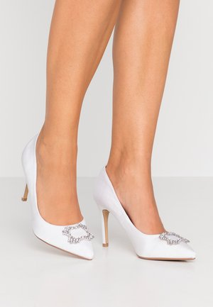 WIDE FIT SQUARE JEWEL COURT SHOE - High heels - white