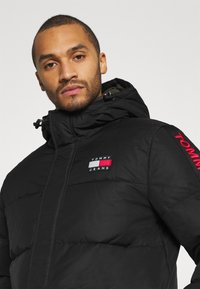 Tommy Jeans - STATEMENT - Down coat - black - 3