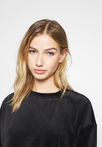 Monki - CORY - Sweatshirt - black - 4