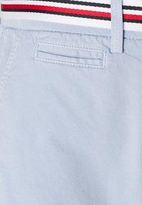 Tommy Hilfiger - SLIM - Shorts - breezy blue - 2