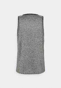 Nike Performance - RISE TANK - Funkční triko - black/heather/reflective silver - 1