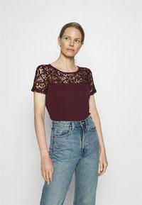 Anna Field - Print T-shirt - winetasting - 0