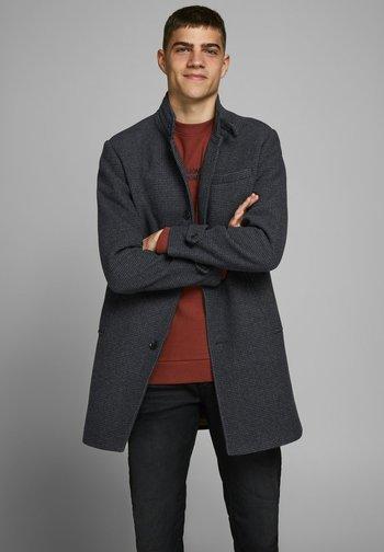 Klasický kabát - dark grey melange