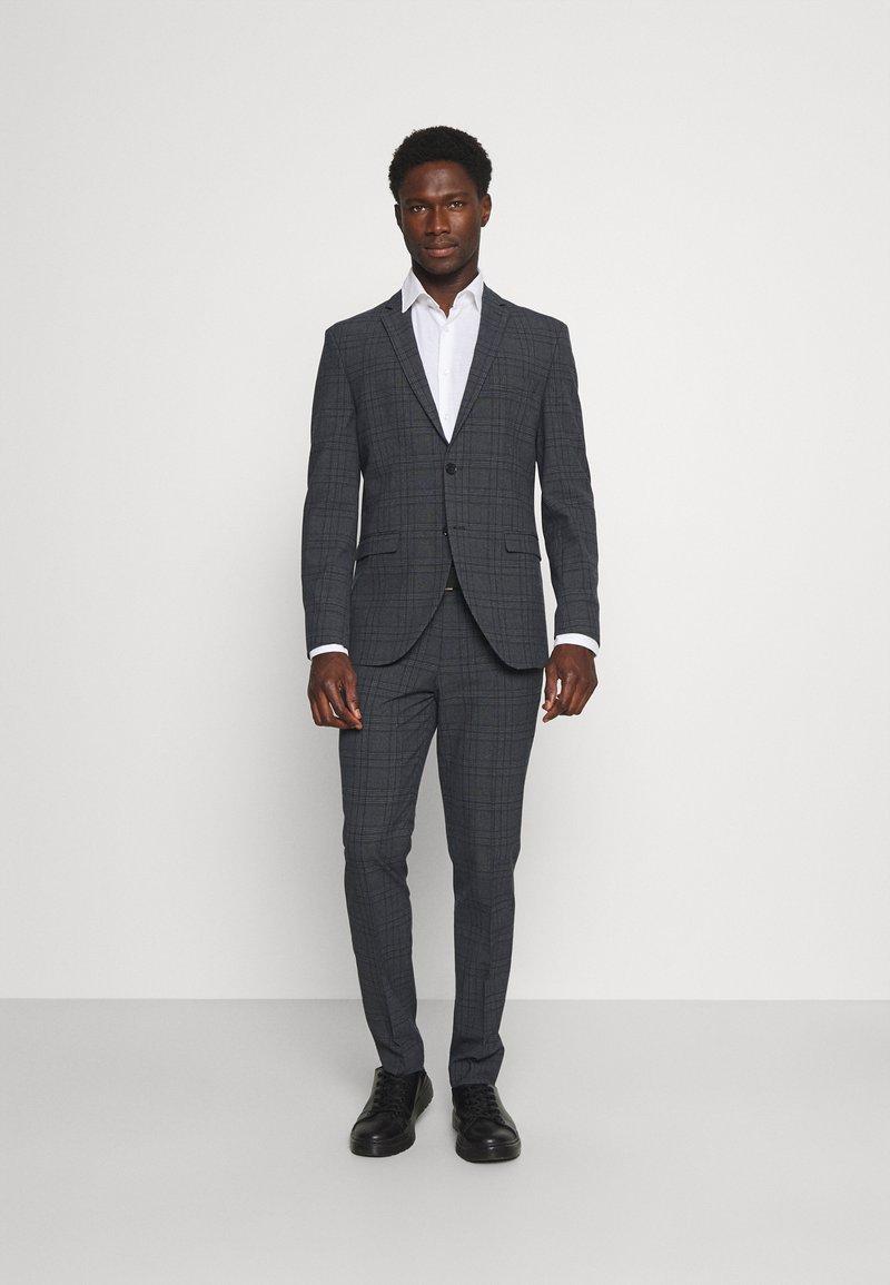 Selected Homme - SLHSLIM MYLOLOGAN SUIT - Kostym - dark grey