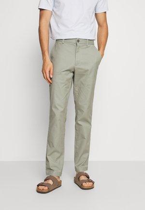 AIDEN - Kalhoty - soft sage