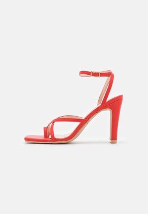 TRIXIE - Sandaletter - red