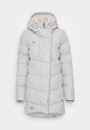 PAVLA - Zimní kabát - white