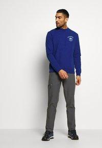 Patagonia - SURF ACTIVISTS UPRISAL CREW  - Sweatshirt - superior blue - 1