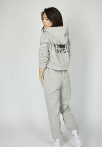one more story - ICON - Tracksuit bottoms - silver grey melange - 2