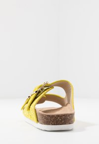 Colors of California - Slippers - yellow - 5