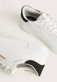 Bershka - Sneakers - white - 4