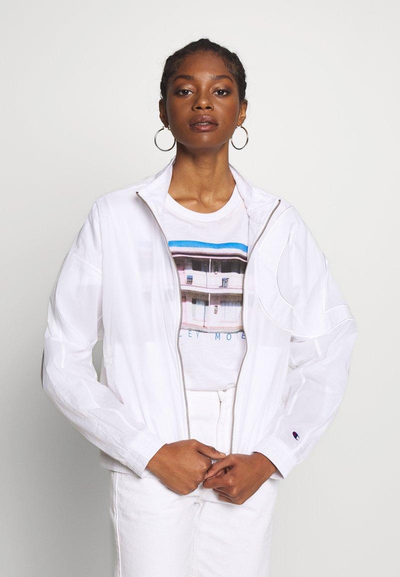 Champion Reverse Weave - FULL ZIP TOP - Summer jacket - white