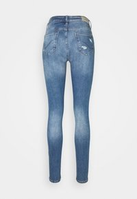 ONLY Tall - ONLCARMEN LIFE TALL - Jeans Skinny Fit - medium blue denim - 6