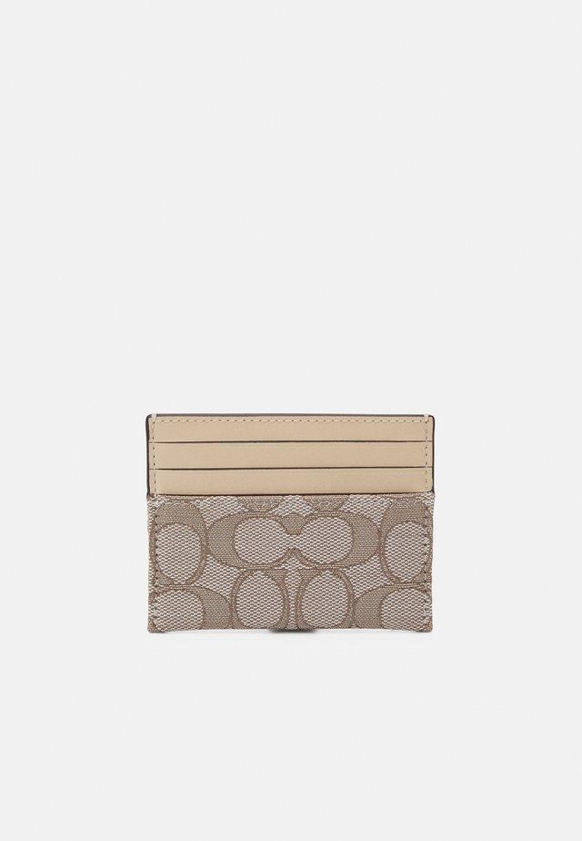 SIGNATURE FLAT CARD CASE - Wallet - stone ivory