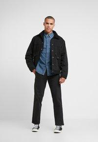 Levi's® - BARSTOW WESTERN - Shirt - bruised indigo mid - 1