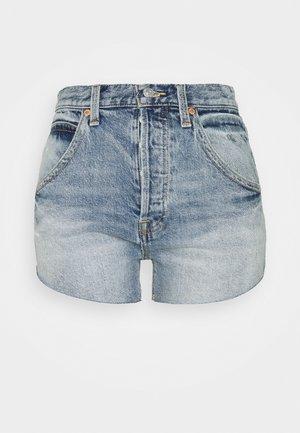 TALIESIN - Szorty jeansowe - mid blue