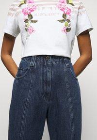 Alberta Ferretti - TROUSERS - Slim fit jeans - blue - 4