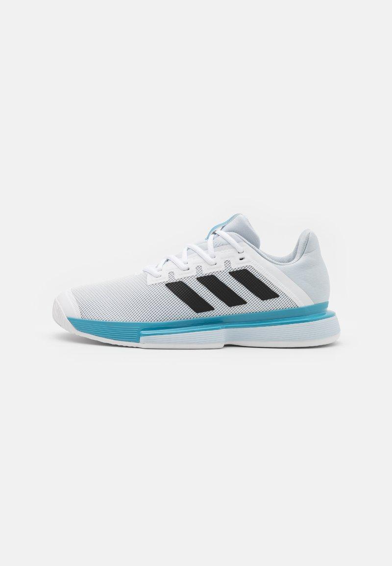 adidas Performance - SOLEMATCH BOUNCE - All court tennisskor - footwear white/core black/half blue