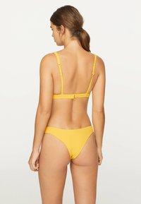 OYSHO - Bikiniöverdel - yellow - 2