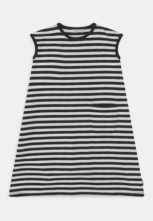 LUOSTOKKA TASARAITA - Jersey dress - black/white