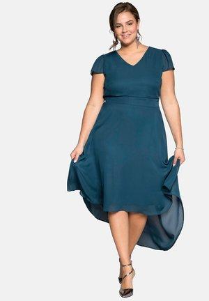 Petrolfarbene Kleider Online Entdecke Dein Neues Kleid Zalando