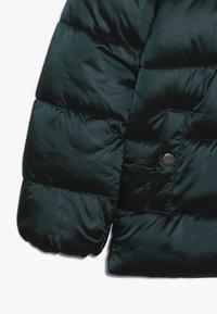 Kids ONLY - KONNAIOMI HOODED JACKET - Winter jacket - ponderosa pine - 3