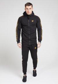 SIKSILK - Zip-up hoodie - black - 3