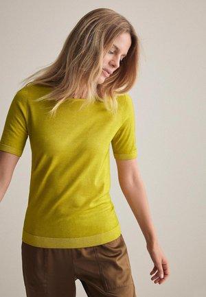 Basic T-shirt - avocado