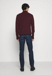 Tommy Hilfiger - SLIM BLEECKER BOWIE BLUE - Jeans slim fit - dark blue - 2