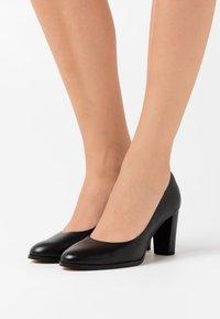 Clarks - KAYLIN CARA  - Classic heels - black - 0