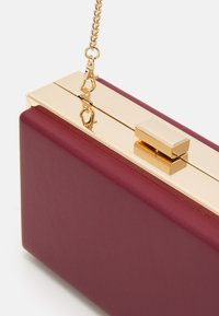 Forever New - JANE FRAME BOX - Clutch - berry - 3