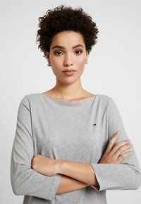 Tommy Hilfiger - Camiseta de manga larga - light grey heather - 3