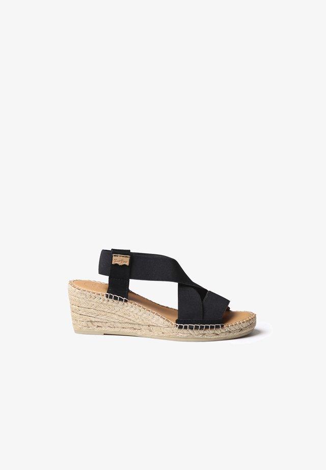 TINA - Sandaalit nilkkaremmillä - black