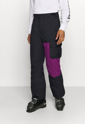 HERO SNOWPANT - Talvihousut - black/plum