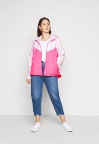 Nike Sportswear - PLUS - Summer jacket - pink foam/hyper pink/white - 1