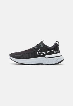 REACT MILER SHIELD - Chaussures de running neutres - black/white/pure platinum/dark smoke grey/reflect silver
