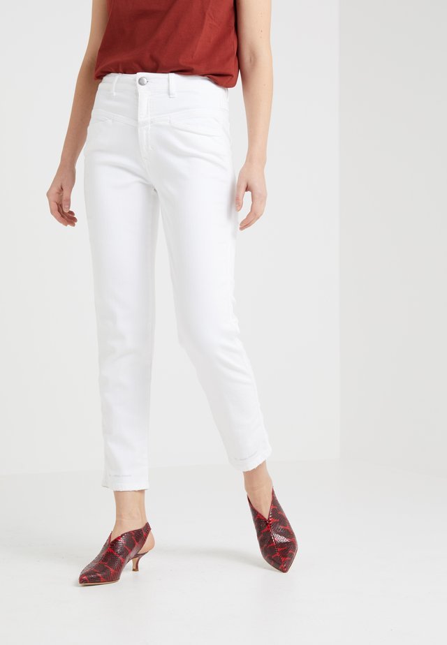 PEDAL PUSHER - Jeans baggy - white