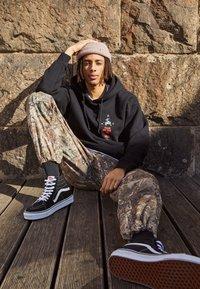 HUF - YEAR OF THE OX HOODIE - Sweatshirts - black - 1