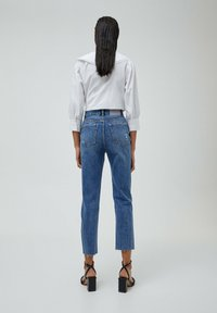 PULL&BEAR - MOM - Relaxed fit jeans - mottled blue - 2