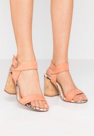High heeled sandals - blush